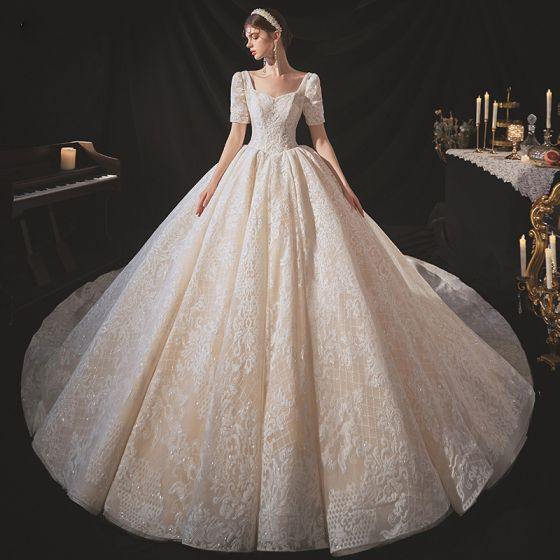 Vintage / Retro Champagne Bridal Wedding Dresses 2020 Ball Gown Square Neckline Short Sleeve Backless Glitter Appliques Lace Cathedral Train Ruffle