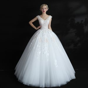 Vintage Saal Brautkleider 2017 Mit Spitze Applikationen Perle Pailletten V-Ausschnitt Ärmellos Rückenfreies Lange Weiß Ballkleid