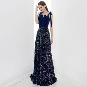 Glitzernden Königliches Blau Abendkleider 2020 A Linie Wildleder Spaghettiträger Pailletten Ärmellos Rückenfreies Lange Festliche Kleider