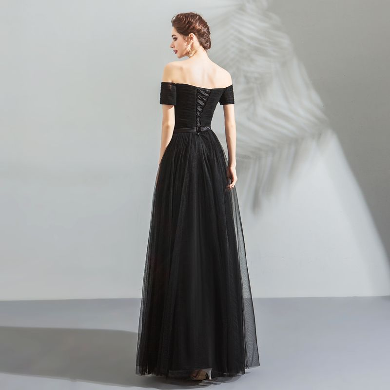 Modest / Simple Black Evening Dresses  2018 A-Line / Princess Off-The-Shoulder Sleeveless Bow Sash Floor-Length / Long Ruffle Backless Formal Dresses