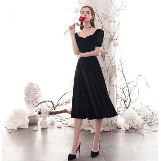Modest / Simple Black Homecoming Graduation Dresses 2020 A-Line / Princess Square Neckline Short Sleeve Backless Tea-length Formal Dresses