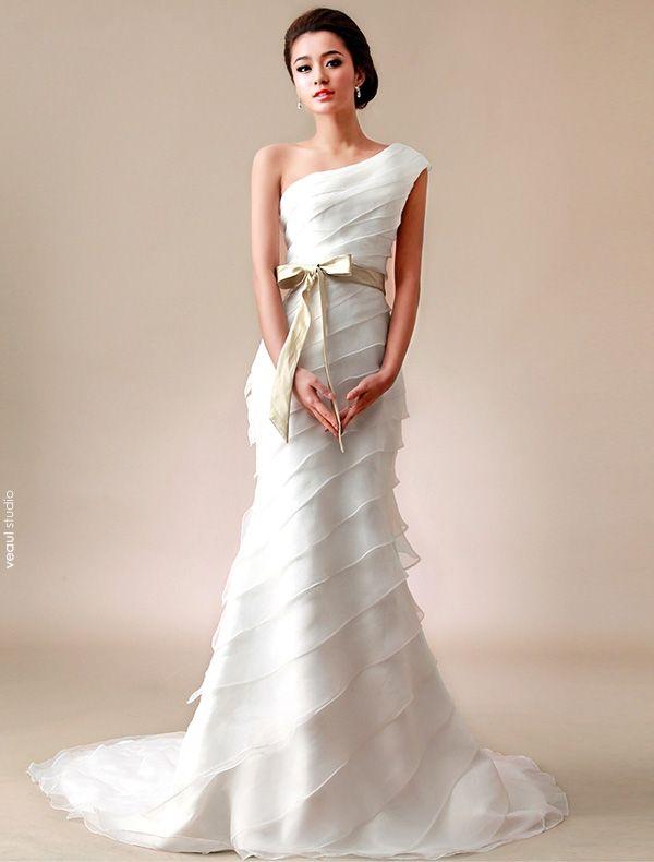 2015 A-line One Shoulder Pleated Satin Bow Sash Organza Wedding Dress