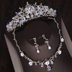 Snygga / Fina Silver Tiara Örhängen Blomma Halsband Brudsmycken 2019 Metall Kristall Rhinestone Bröllop Tillbehör