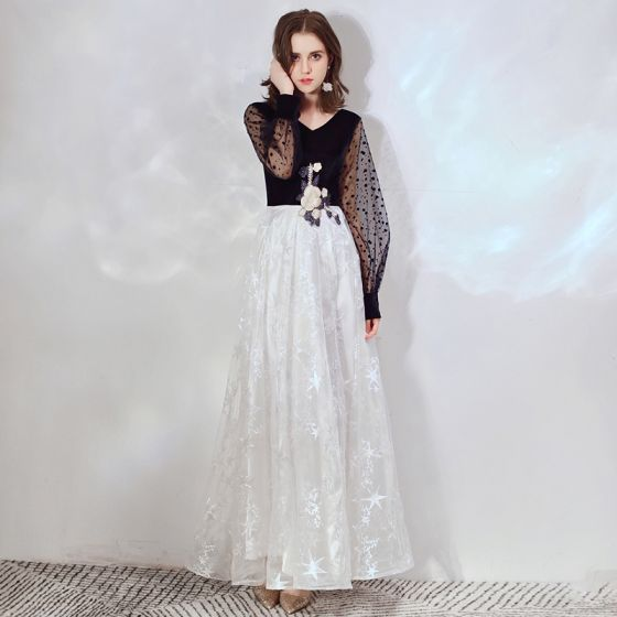 Affordable Black White Evening Dresses  2020 A-Line / Princess V-Neck Puffy Long Sleeve Spotted Tulle Star Appliques Lace Floor-Length / Long Ruffle Formal Dresses