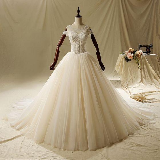 Eleganta Elfenben Bröllopsklänningar 2019 Prinsessa Urringning Beading Spets Blomma Korta ärm Halterneck Cathedral Train