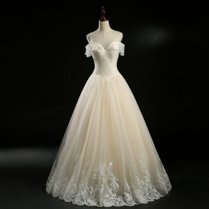 Vintage / Retro Champagne See-through Wedding Dresses 2018 A-Line / Princess Square Neckline Short Sleeve Backless Appliques Lace Pearl Beading Floor-Length / Long Ruffle