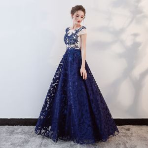 Chic / Beautiful Royal Blue Prom Dresses 2018 A-Line / Princess Beading Crystal Lace Flower Sash Scoop Neck Backless Short Sleeve Floor-Length / Long Formal Dresses