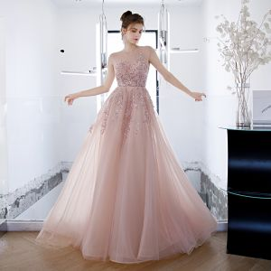 Iluzja Rumieniąc Różowy Przezroczyste Sukienki Na Bal 2020 Princessa Wycięciem Bez Rękawów Frezowanie Rhinestone Trenem Sweep Wzburzyć Bez Pleców Sukienki Wizytowe