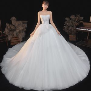 Elegant Ivory Bridal Wedding Dresses 2020 Ball Gown Sweetheart Sleeveless Backless Appliques Sequins Beading Glitter Tulle Cathedral Train Ruffle
