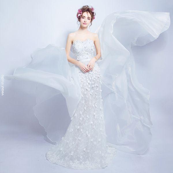 Sexy White Wedding Dresses 2018 Trumpet / Mermaid Appliques Pearl Sash Strapless Backless Sleeveless Detachable Court Train Wedding