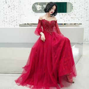 Elegant Burgundy Evening Dresses  2020 A-Line / Princess Off-The-Shoulder Puffy 3/4 Sleeve Appliques Lace Beading Floor-Length / Long Ruffle Backless Formal Dresses