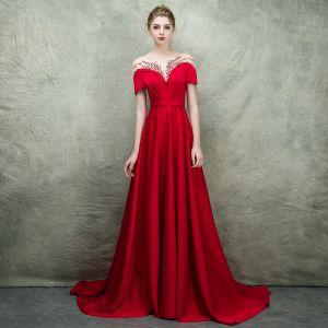 Luksusowe Czerwone Przezroczyste Sukienki Wieczorowe 2018 Princessa Kwadratowy Dekolt Kótkie Rękawy Frezowanie Trenem Sweep Wzburzyć Sukienki Wizytowe