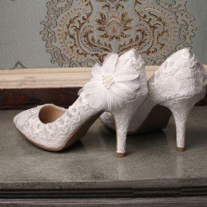 Mooie / Prachtige 2017 8 cm / 3 inch Witte Toevallig Leer Geborduurde Plooirok Hoge Hakken Naaldhakken / Stiletto Pumps Bruidsschoenen
