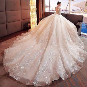 Fantastisk Elfenben Bröllopsklänningar 2017 Prinsessa Urringning Långärmad Appliqués Spets Blomma Beading Pärla Organza Chapel Train