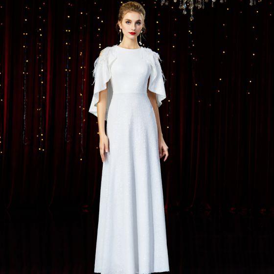 High End Weiß Abendkleider Mit Schal 2020 A Linie Rundhalsausschnitt Ärmellos Pailletten Perlenstickerei Feder Lange Rüschen Festliche Kleider