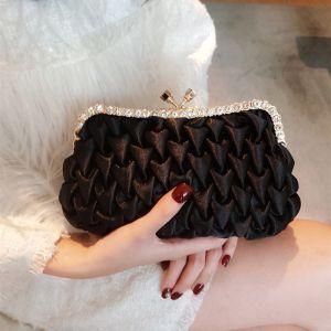 Vintage / Retro Black Ruffle Beading Rhinestone Clutch Bags 2018