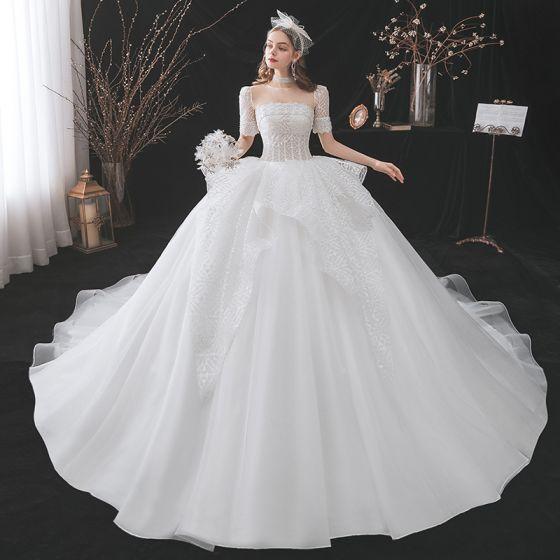 Mode Elfenben Glittriga / Glitter Bröllopsklänningar 2021 Balklänning Urringning Beading Rhinestone Korta ärm Halterneck Royal Train Bröllop