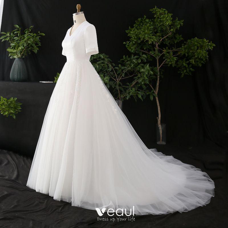 Modest Simple White Plus Size Wedding Dresses 2020 A Line Princess Short Sleeve V Neck Solid,Wedding Dresses Toronto