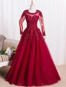 Elegant Prom Dresses 2016 A-line Scoop Lace Neck Applique Lace Burgundy Tulle Dress With Long Sleeves