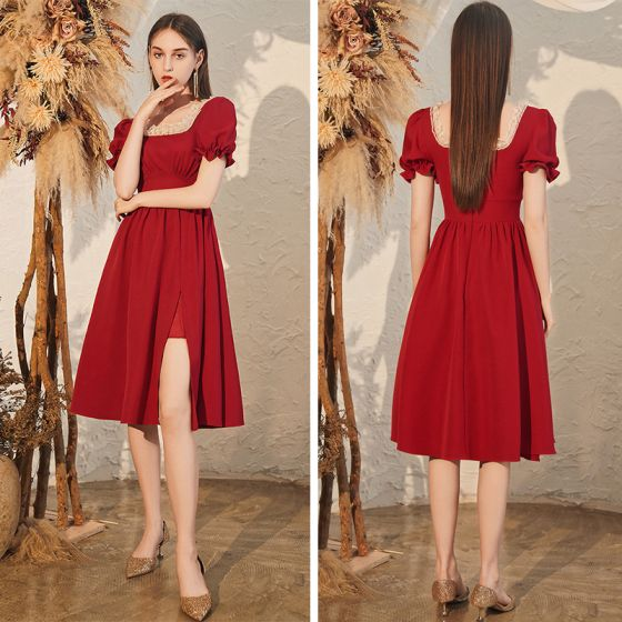 Chic / Beautiful Burgundy Homecoming Graduation Dresses 2020 A-Line / Princess Square Neckline Puffy Short Sleeve Beading Split Front Knee-Length Backless Formal Dresses