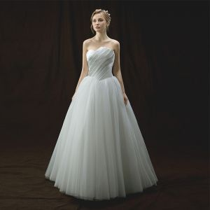 Modest / Simple Ivory Wedding Dresses 2018 A-Line / Princess Amazing / Unique Strapless Sleeveless Backless Floor-Length / Long Ruffle