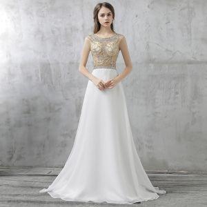 Schöne Festliche Kleider 2017 Abendkleider Weiß A Linie Lange Rundhalsausschnitt Rückenfreies Ärmellos Perlenstickerei Strass