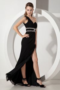 2015 Perfect Belt Crystals Ruched One Shoulder Black Evening Dresses