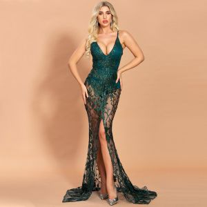 Sexy Dark Green See-through Evening Dresses  2020 Trumpet / Mermaid Spaghetti Straps Sleeveless Appliques Sequins Sweep Train Ruffle Backless Formal Dresses