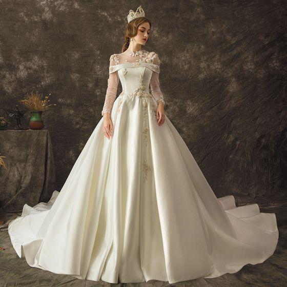 Vintage Kość Słoniowa Przezroczyste Suknie Ślubne 2019 Princessa Wycięciem Długie Rękawy Frezowanie Trenem Kaplica Wzburzyć