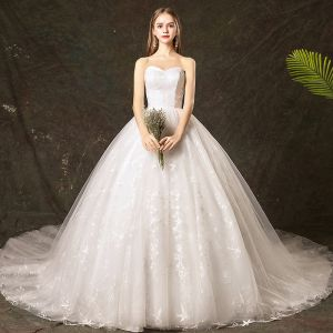 Elegant Ivory Wedding Dresses 2019 Ball Gown Sweetheart Lace Star Sleeveless Backless Cathedral Train