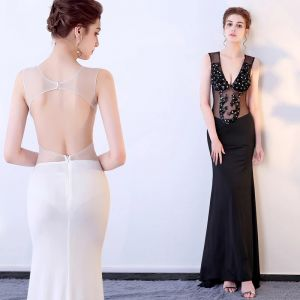 Chic / Beautiful Black Evening Dresses  2017 Trumpet / Mermaid Tulle V-Neck Beading Backless Sequins Evening Party Formal Dresses