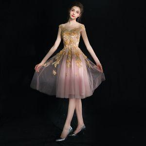 Unique Rougissant Rose Courte Robe De Graduation 2018 Appliques Dos Nu Cristal Tulle V-Cou Soirée Sans Manches Princesse Robe De Ceremonie