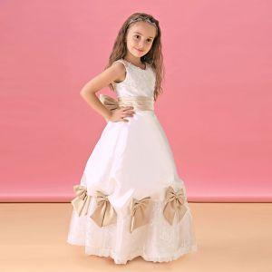 Robe Blanche Fille De Fleur Robe De Princesse Et De Longues Sections