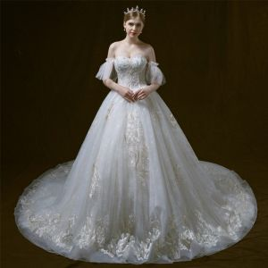 Elegant Ivory Wedding Dresses 2018 Ball Gown Off-The-Shoulder Sweetheart Short Sleeve Backless Appliques Lace Beading Cathedral Train Ruffle