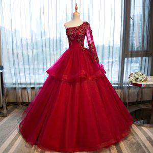 Chic / Belle Rouge Robe De Bal 2017 Robe Boule Une épaule Manches Longues Appliques Fleur Faux Diamant Perlage Longue Volants Dos Nu Robe De Ceremonie