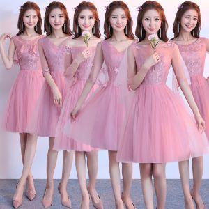 Chic / Belle Rose Bonbon Robe Demoiselle D'honneur 2018 Princesse Appliques En Dentelle Mi-Longues Volants Dos Nu Robe Pour Mariage