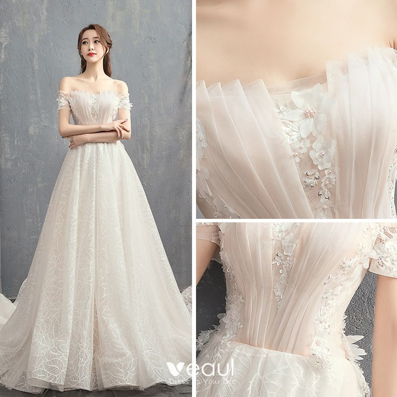 Modern / Fashion Champagne Wedding Dresses 2018 A-Line / Princess Off-The-Shoulder Short Sleeve Backless Appliques Flower Beading Pearl Court Train Ruffle