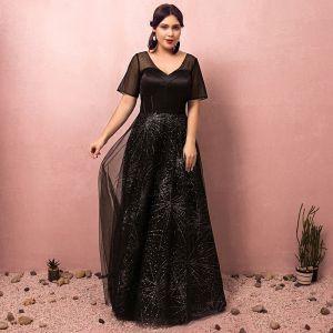 Scintillantes Noire Grande Taille Robe De Soirée 2018 Princesse Tulle V-Cou Dos Nu Perlage Corset Paillettes Soirée Robe De Bal