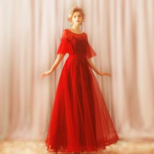 Charmant Rot Lange Abendkleider 2018 A Linie U-Ausschnitt Tülle Applikationen Rückenfreies Perlenstickerei Abend Ballkleider