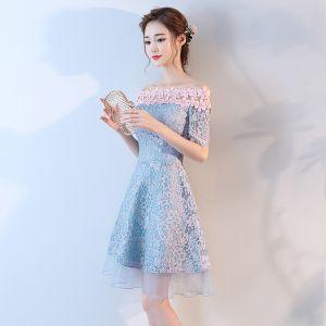Piękne Homecoming Sukienki Na Studniówke 2017 Niebieskie Krótkie Princessa Przy Ramieniu Kótkie Rękawy Kutas Bez Pleców Z Koronki Aplikacje Sukienki Wizytowe