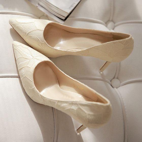 Hermoso Beige 2017 9 cm High Heels Boda Cuero Bordado Punta Estrecha Zapatos de novia