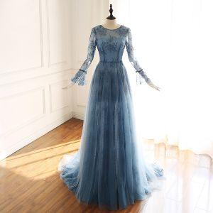 Luxus / Herrlich Tintenblau Durchsichtige Abendkleider 2019 A Linie Rundhalsausschnitt Glockenhülsen Handgefertigt Perlenstickerei Hof-Schleppe Rüschen Festliche Kleider