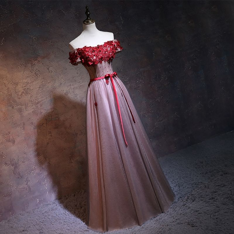 Chic / Beautiful Red Prom Dresses 2017 Off-The-Shoulder Short Sleeve Appliques Lace Flower Beading Bow Backless Floor-Length / Long Formal Dresses