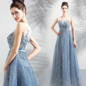 Chic / Beautiful Sky Blue Pierced Evening Dresses  2018 Empire Scoop Neck Sleeveless Appliques Lace Beading Rhinestone Sash Floor-Length / Long Ruffle Formal Dresses