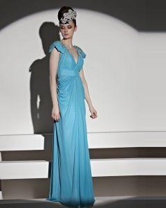 Elegant Perles Longueur De Plancher De Cou De V Tulle Charmeuse Robe De Soirée