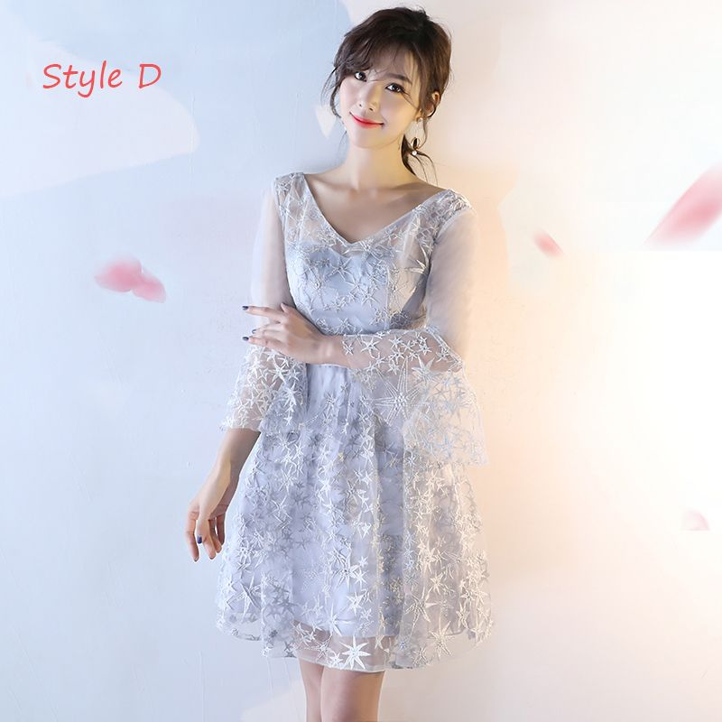 Modern / Fashion Wedding Party Dresses 2017 Wedding Bridesmaid Dresses Silver Short A-Line / Princess V-Neck Backless 1/2 Sleeves Glitter Appliques Flower