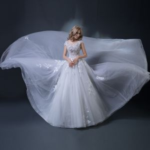 Charming White Wedding Dresses 2018 Ball Gown Scoop Neck Cap Sleeves Appliques Pierced Lace Beading Ruffle Cathedral Train