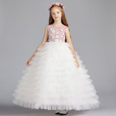 Chic / Beautiful Ivory Flower Girl Dresses 2019 Ball Gown Scoop Neck Sleeveless Appliques Flower Beading Floor-Length / Long Cascading Ruffles Wedding Party Dresses