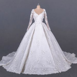 Luxury / Gorgeous White Bridal Wedding Dresses 2020 Ball Gown See-through Scoop Neck Long Sleeve Appliques Flower Handmade  Beading Cathedral Train Ruffle
