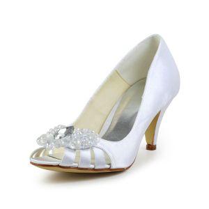 Pumps Peep Toe Belle Percée Milieu Talons En Satin Blanc Chaussures De Mariée Avec Strass Cristal En Forme De Coeur